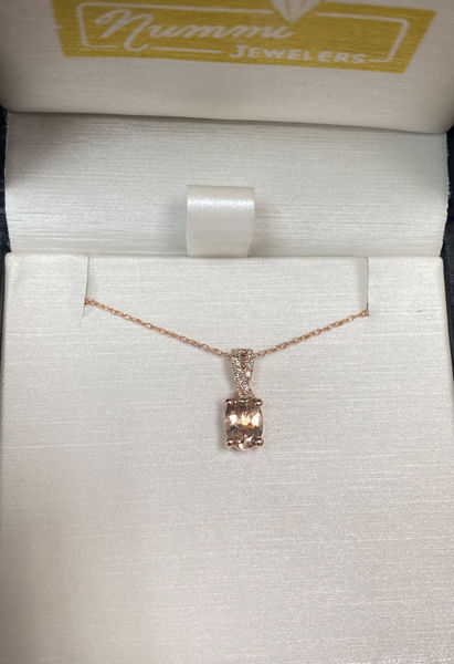 Picture of Molly's Morganite Necklace