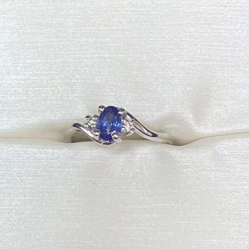 Picture of Tanzanite and Diamond Ring