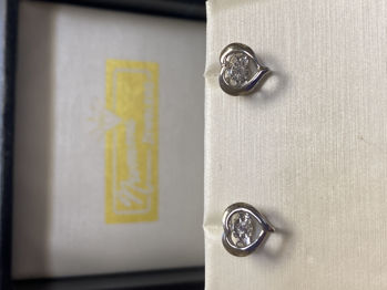 Picture of Diamond Dancing Heart Earrings