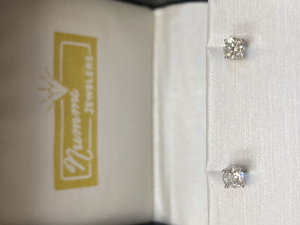 Picture of 0.50cttw Diamond Stud Earrings