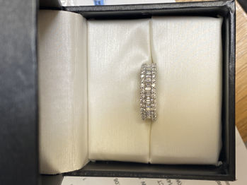 Picture of Lisa's Anniversary Ring