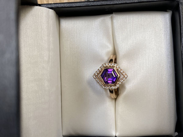 Picture of Amethyst in Rose Gold